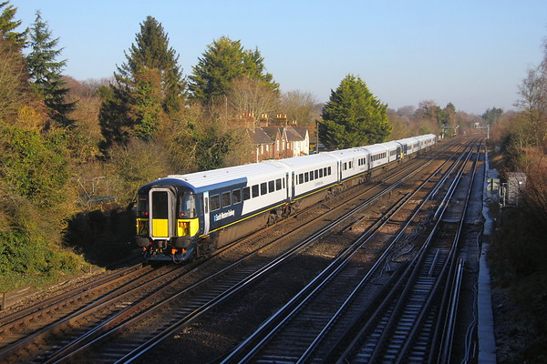 2420 Worting Junction 21/01/20 on the rear of diverted 9P34 Portsmouth Harbour to Waterloo with 2414