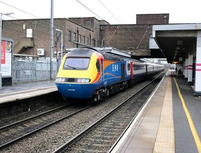 43059_43048 1055/1D23 St Pancras-Nottingham passes Luton