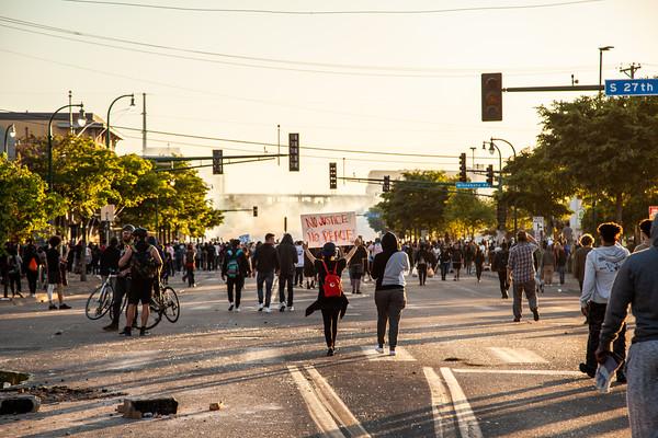 George Floyd Uprising, Lake Street Minneapolis