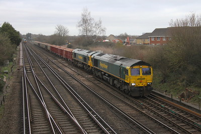 66955 Worting Junction 17/03/20 7V12 Woking to Merehead with 66514 (955 had run up to Woking earlier in the day to collect 514 and it's train which had failed at Woking the day before)