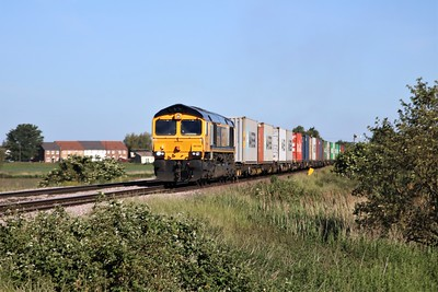 66749 seen at Wisbech Crossing , Manea 0846/4L02 Hams Hall to Felixstowe