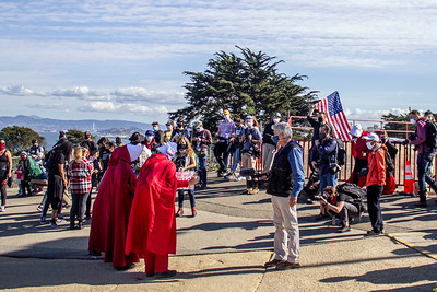 Aurionna Alexander_Nov 07 March across the Golden Gate Bridge A general protest against fascism in America, organized by Vigil for Democracy photos by Aurionna Alexander _SF 2020IMG_0607