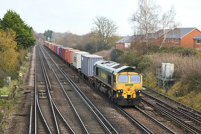 26 November 2020 :: 66548 is passing Worting Junction working 4O15 from Lawley Street to Southampton