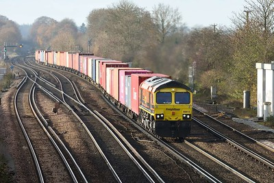 26 November 2020 :: 66415 is leaving the Salisbury line at Worting Junction with 4M58 from Southampton to Garston