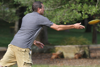 CMU Men's Ministry host a Men's Disc Golf Tournament.