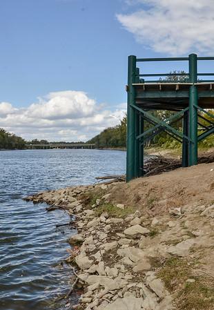 MET 100120 River Dock