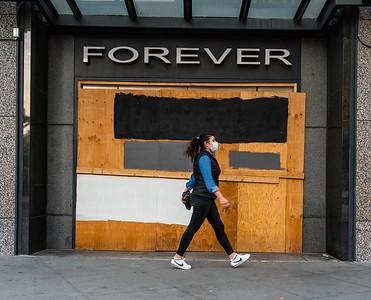 Forever Closed © Steve Disenhof 2020