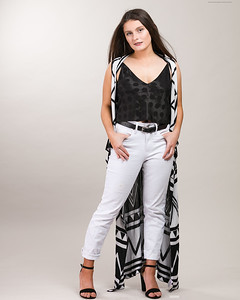 White Pants Outfit-12