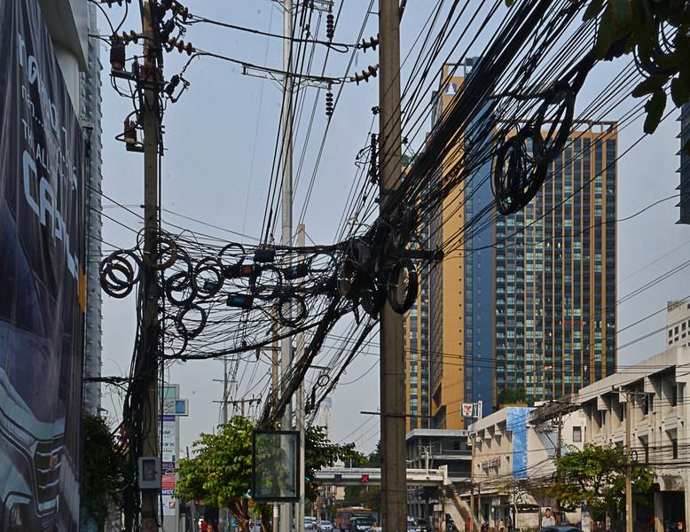 Typical wiring in Bangkok