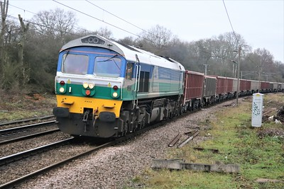 59004 1257/6v53 on Hitchin to Acton empties passes Bayford  22/12/20