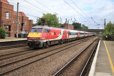 91114_82212 0918/1D07 Kings Cross to Leeds