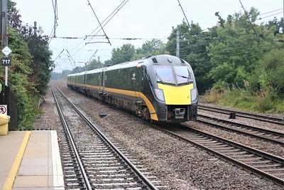 180103 passes Welham Green at 1143/1N92 Kings Cross to Sunderland