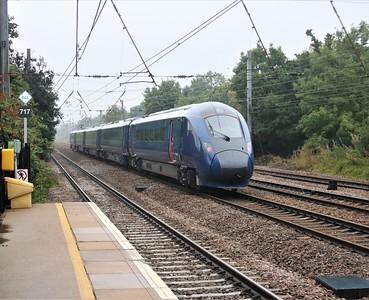 802305 passes Welham Green at 1159/5H03 Kings Cross to Hull refresher working