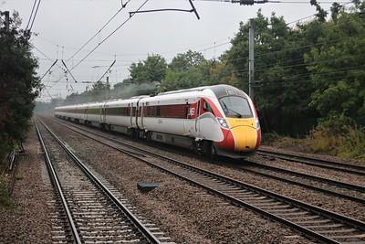 901225 passes Welham Green 1123/1E04 Edinburgh to Kings Cross