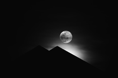 Moonrise over the roof tops