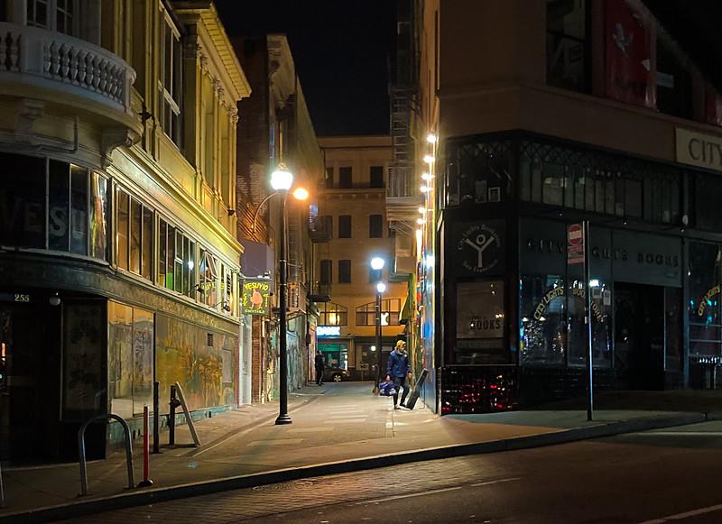 Jack Kerouac Alley, Saturday Night