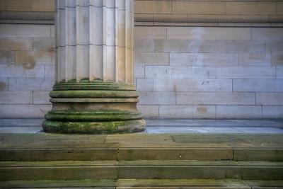 Steps & Pillar