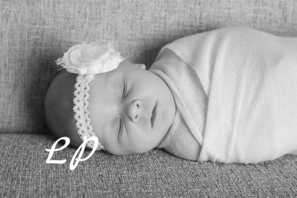 Aveyah Newborn (13)