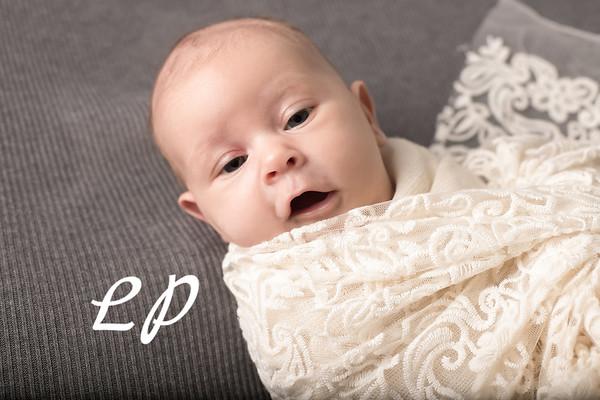 Aveyah Newborn (2)