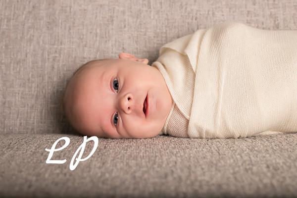 Aveyah Newborn (14)