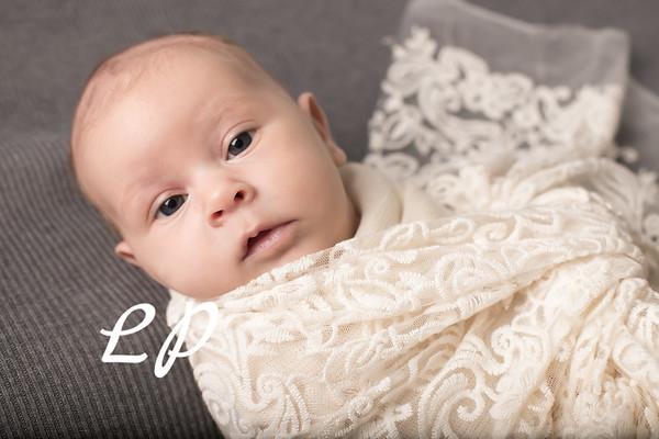 Aveyah Newborn (3)