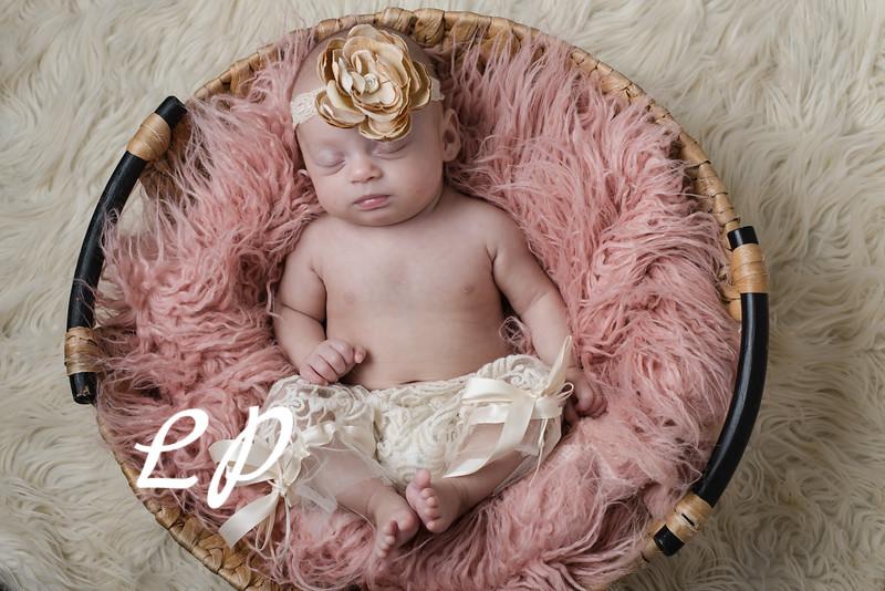 Kennedy Newborn (9)