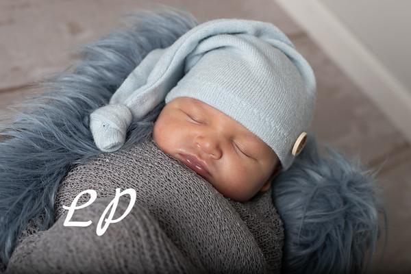 Noah Newborn-11