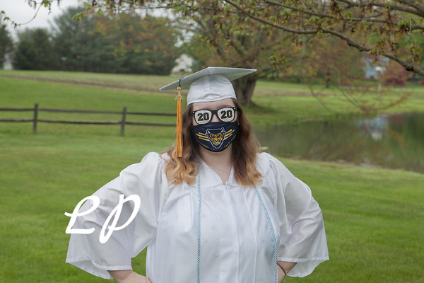 Emma Cap and Gown (3 of 11)