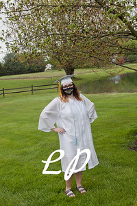Emma Cap and Gown (2 of 11)