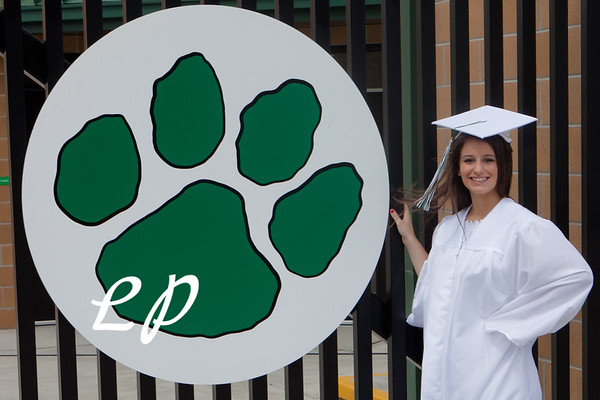 Kiara and Friends Cap and Gown (11)