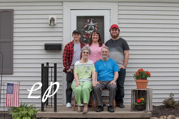Maryellen Family (1 of 22)
