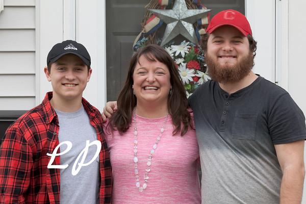 Maryellen Family (10 of 22)