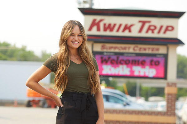 2021 UWL Paige Forde Kwik Trip Social Media 0102