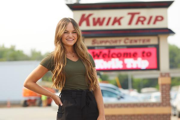2021 UWL Paige Forde Kwik Trip Social Media 0098