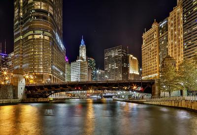 DA022,DT,Chicago river Wrigley building view, Chicago Illinois