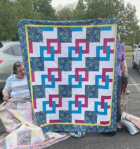 The mystery quilt interpreted by Louise Mueller