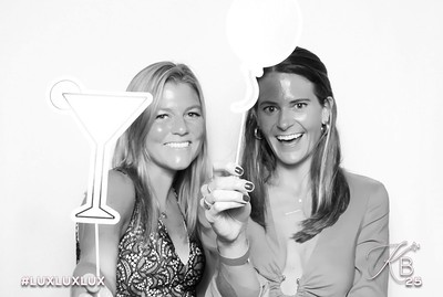 Absolutely Fabulous Photo Booth 221817.jpg
