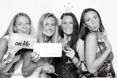Absolutely Fabulous Photo Booth 211502.jpg