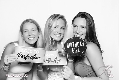 Absolutely Fabulous Photo Booth 211607.jpg