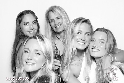 Absolutely Fabulous Photo Booth 221026.jpg