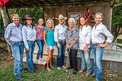 Cowgirls with Inductees-2771