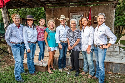 Cowgirls with Inductees-2770