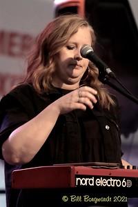 Jill Hoff - Mayfield - Wildhorse Saloon 7-21 020