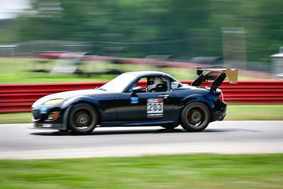 2021 Mid Ohio GridLife Tm Attk Grp D Car 203