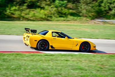 2021 SCCA Pitt Race TNIA Aug Inter Yellow Vette