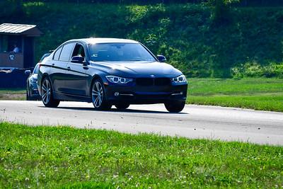 2021 SCCA Pitt Race TNIA Aug Novice Blk BMW