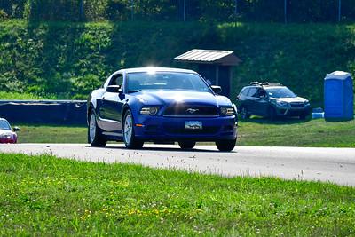 2021 SCCA Pitt Race TNIA Aug Novice Dk Blu Mustang V6