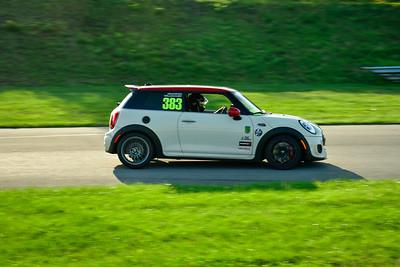 2021 SCCA Pitt Race TNIA Aug Novice Wht Mini
