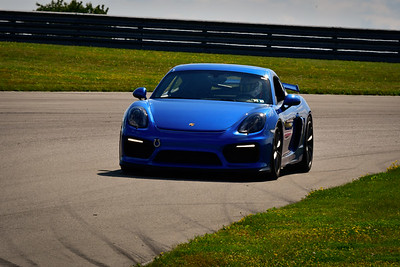 2021 SCCA TNiA Pitt Race Adv Blu Porsche GT4