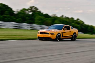 2021 SCCA TNiA Pitt Race Adv Gold Mustang